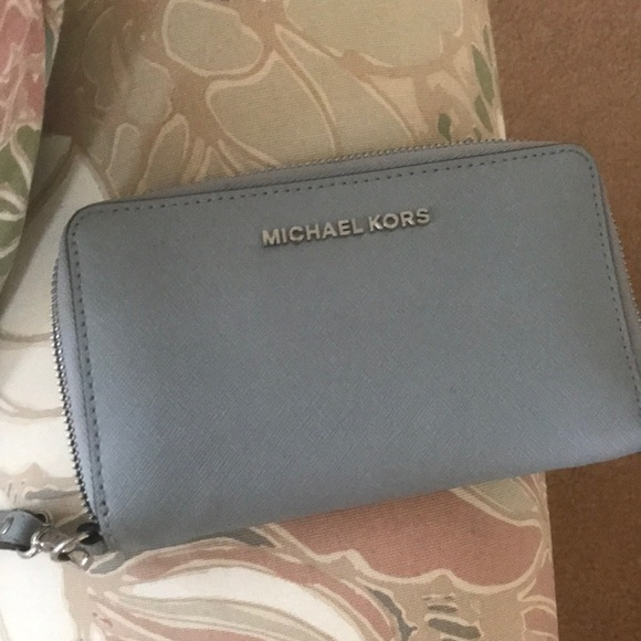 Michael Kors Handbags - Wallet purse